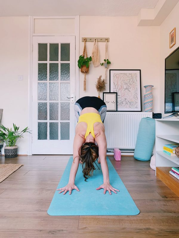 yoga lockdown corona